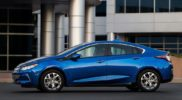 Chevrolet-Volt_2016_1024x768_wallpaper_0a